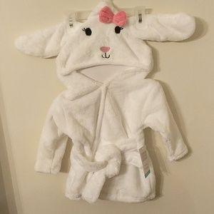 🐰 NWT Baby Girl Hooded Bathrobe  Bunny 0-9 Months
